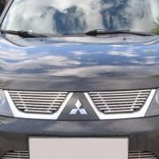 Накладка на решетку радиатора для Mitsubishi L200 (2006 - 2015)