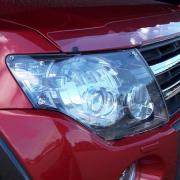 Защита передних фар для Mitsubishi Pajero 4 (2007 - ...)