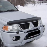 Мухобойка (дефлектор капота) для Mitsubishi Pajero Sport (1997 - 2008)