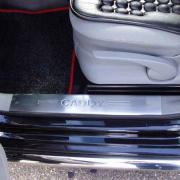 Широкие накладки на пороги в салон для Volkswagen Caddy (2004 - 2010)