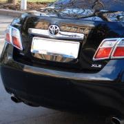 Планка над номером для Toyota Camry 40 (2006 - 2011)