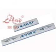Накладки на пороги с подсветкой для Hyundai Accent (2006 - 2010)