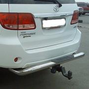 Защита заднего бампера для Toyota Fortuner (2005 - ...)