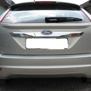 Планка над номером (хэтчбек 2008) для Ford Focus (2005 - 2010)