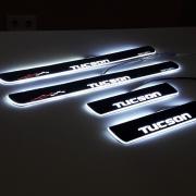 Накладки на пороги (неон) для Hyundai Tucson (2015 - ...)