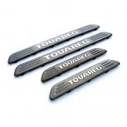 Накладки на пороги Volkswagen Touareg (2010 - ...)