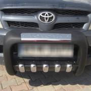 Кенгурятник полиуретан низкий с зубьями для Toyota Hilux (2006 - 2015)