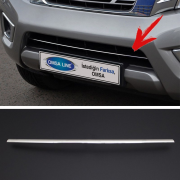 Накладка на передний бампер для Nissan Navara (2015 - ...)