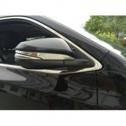 Хром на зеркала Toyota Hilux (2015 - ...)
