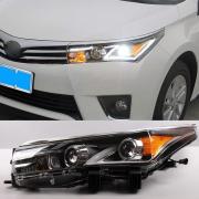 Передние фары (две линзы) для Toyota Corolla (2013 - ...)